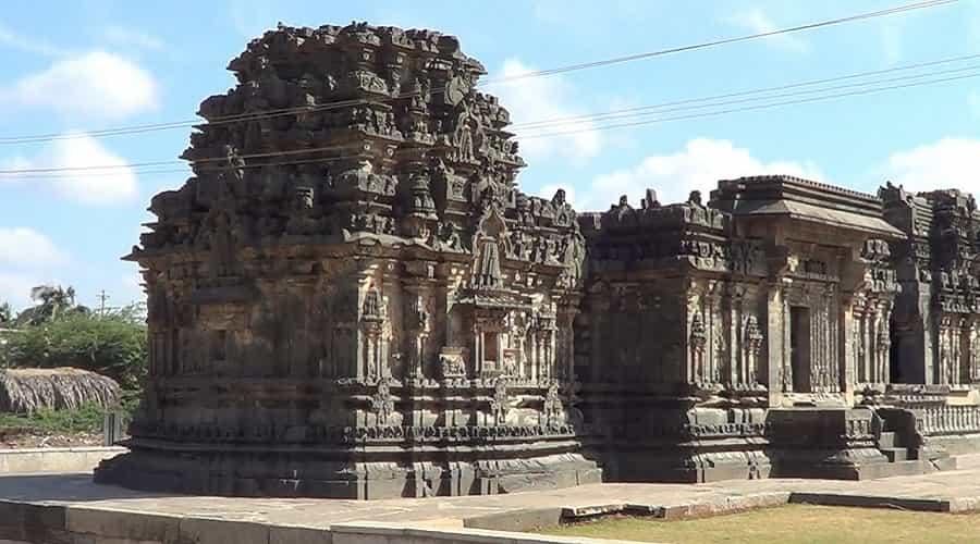 Kasivisvesvara Temple, Lakkund